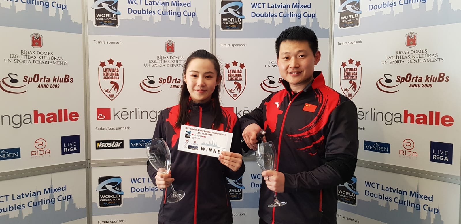 Yi Wei Fu and De Jia Zou wins WCT Latvian Mixed Doubles